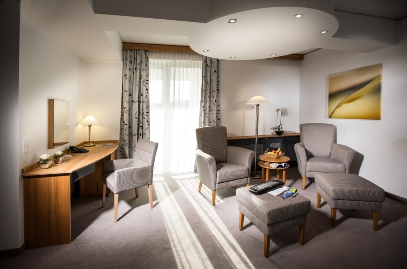 therme geinberg spa resort doppelzimmer prestige. Black Bedroom Furniture Sets. Home Design Ideas